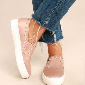 Steve Madden Pink slip-on shoes pearl stud…